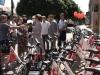 Po zdieľaných kolobežkách aj bicykle