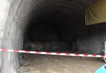Nadmerné znečistenie uzavrelo tunel Branisko